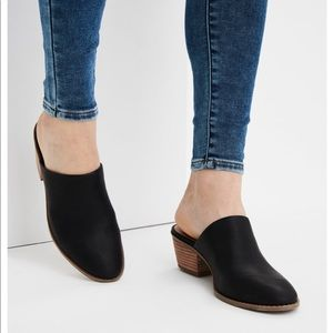 Black Faux Suede Leather Heeled Mule